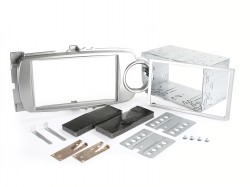 Radioblende TOYOTA Yaris ab 2011 2DIN silber Installer Kit