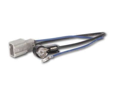 Antennenadapter HONDA ab 2006, MAZDA 3,6 ab 2010, SUZUKI Swift ab 2012 auf ISO